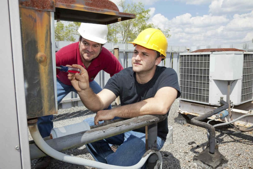 Repairing an HVAC Unit - Springbank Mechanical Toronto Commercial HVAC Company