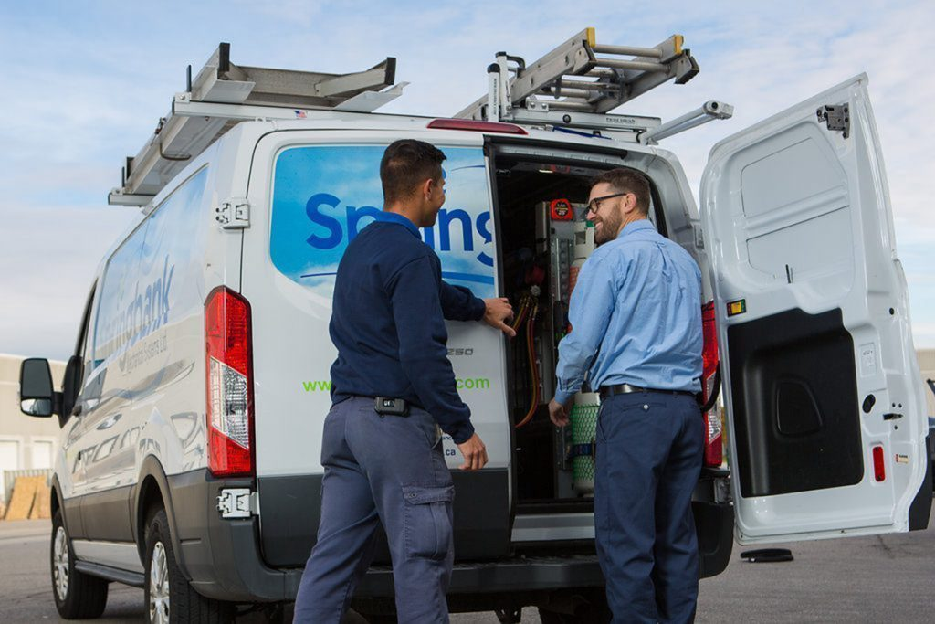 2 Commercial HVAC Workers - Sprinbank Mechanical Commercial HVAC Company Toronto